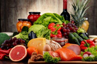 Mùa dịch cần đảm bảo đầy đủ dinh dưỡng để tăng sức đề kháng cho cơ thể