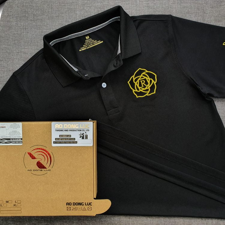 Đồng phục áo thun polo bo trơn màu đen thêu logo