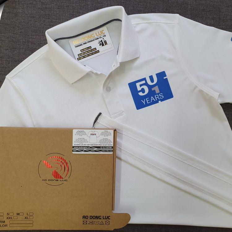 Đồng phục áo thun polo bo trơn màu trắng in chuyển nhiệt